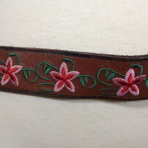 Vintage Guess Brown Leather Embroidered Belt Pink